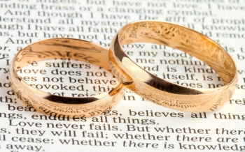 bible-wedding-rings
